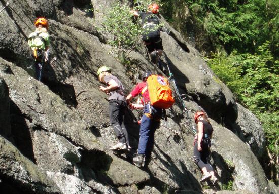 Klettersteig Erlabrunn : Teufelssteine u walter keiderling klettersteig runde von erlabrunn